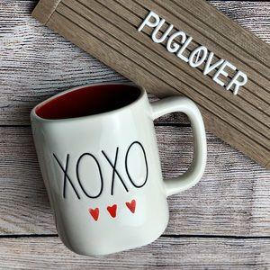 "🆕 RAE DUNN Valentine ❤️ mug ""XOXO"""